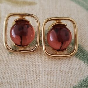 Brown/Gold Earrings 🌟